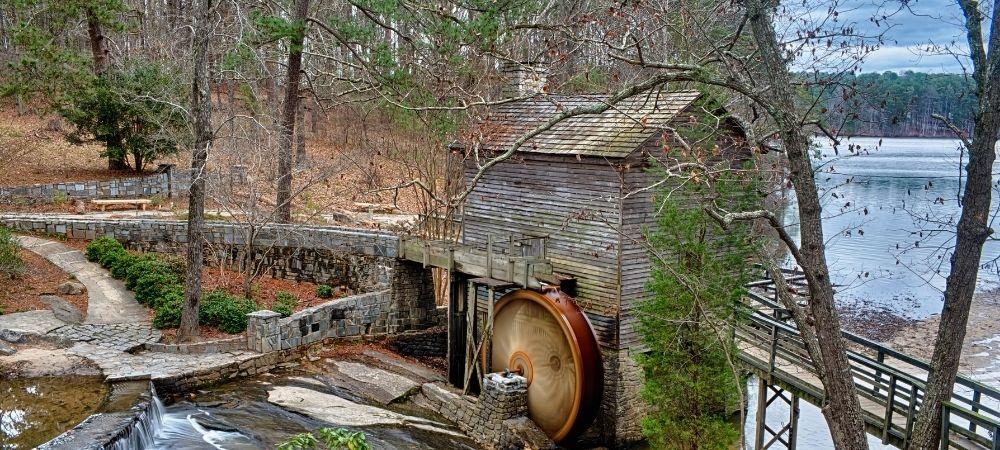 Considera Acampar en Stone Mountain Park